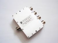 4 way  Power Splitters 698-2700MHz